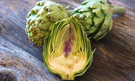 Alcachofas aliñadas con vinagreta de verduras