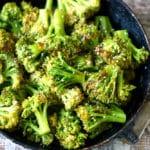 Brócoli con especias y coco